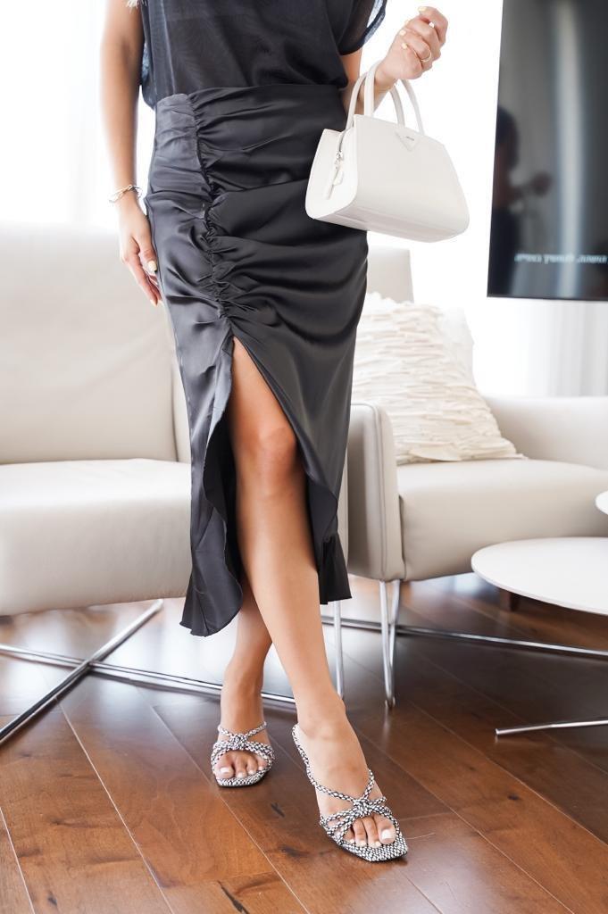 חצאית יוליה שחורה JOYAME