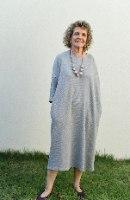 שמלת מדגם זוהר מבד ופל בצבע מלאנז׳