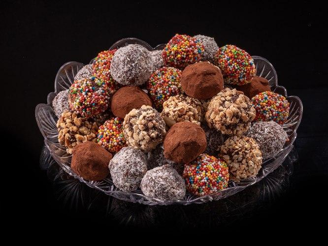 30 כדורי שוקולד