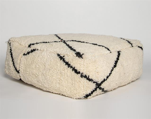 פופ שטיח שחור לבן איקסים