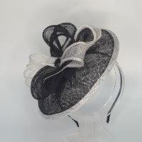כובע קוקטייל שחור לבן - דגם צדף