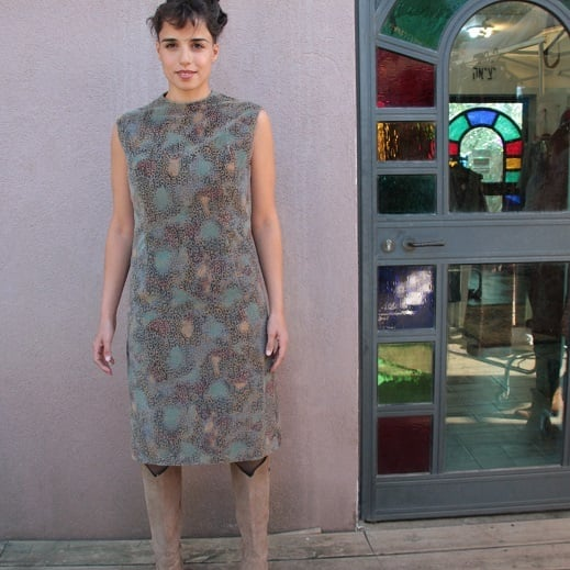 שמלת קטיפה מחויטת מידה M/L