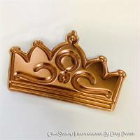 Eight 8 small crowns - Chocolate mold