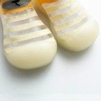 גרביים אנטי החלקה קייציות- Silshobaby