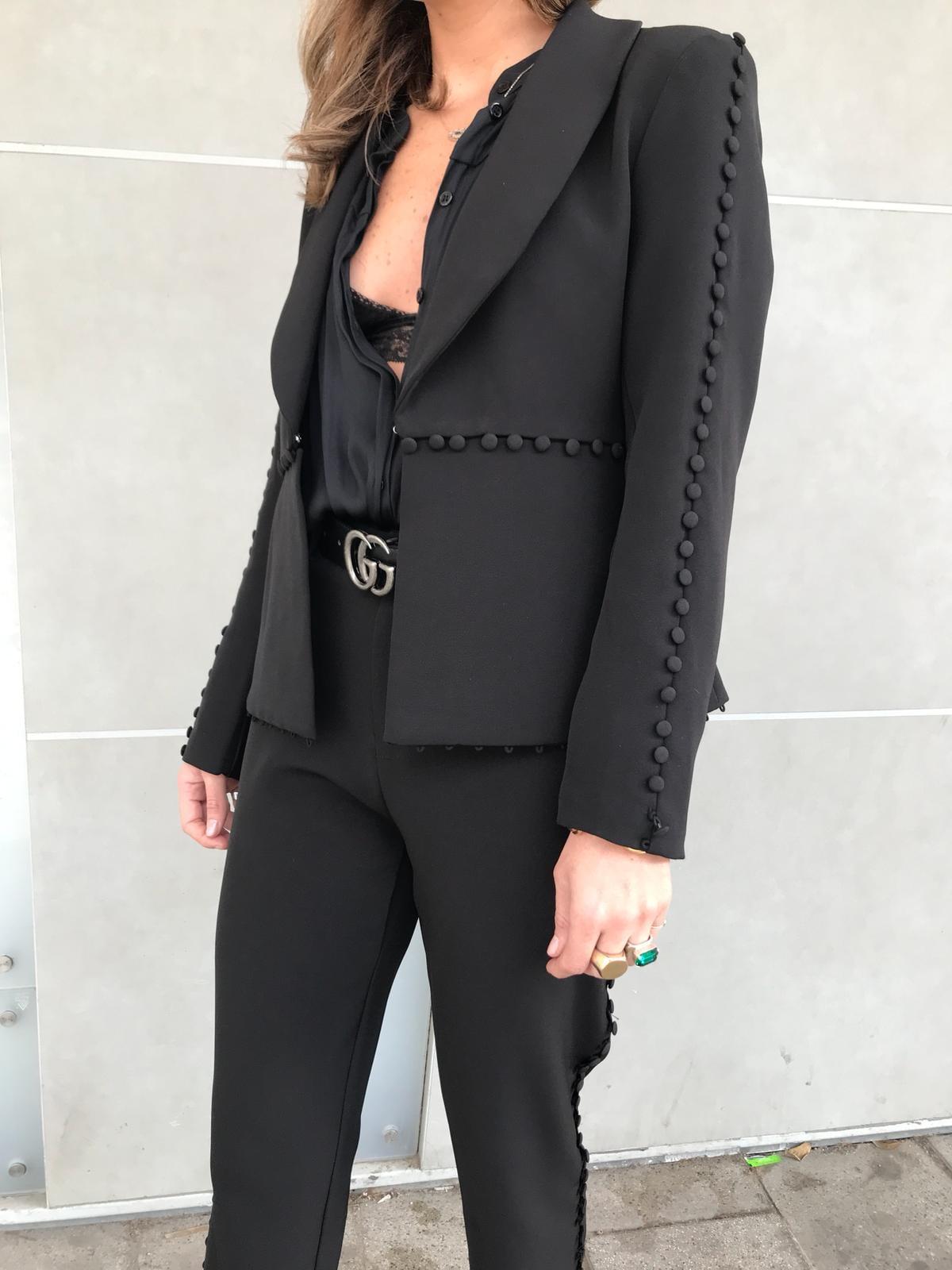 חליפת קלאודיה שחור