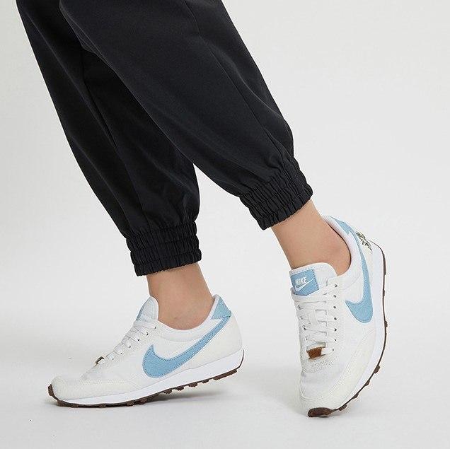 נעלי נשים NIKE DBREAK SE לבן/תכלת