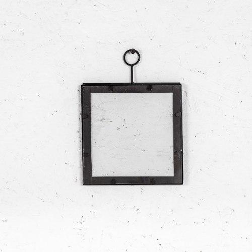 מסגרת ברזל שחורה - מרובע