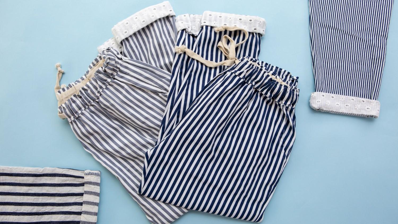 לובשת מכנסיים - שמונה
