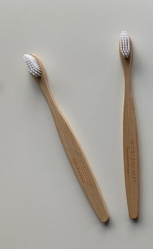 מברשות שיניים מבמבוק למבוגרים - זוג