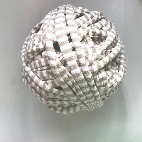 חוטי טריקו פרוסים לסריגה עודפי ייצור  אפור פסים