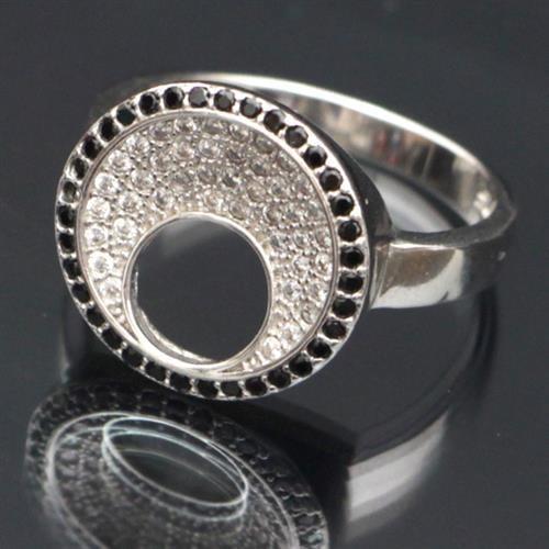 טבעת כסף משובצת זרקונים RG7392