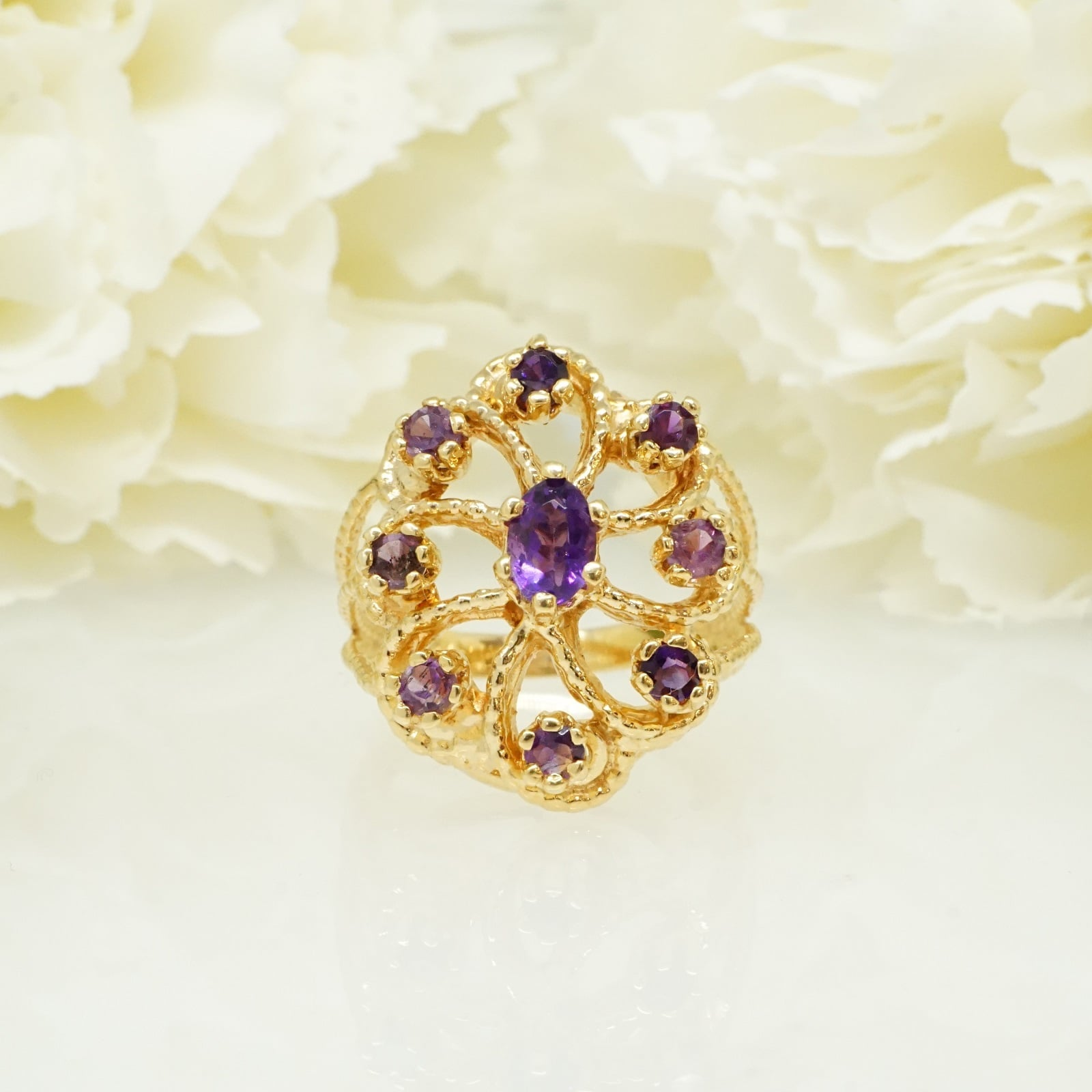 טבעת אמטיסט יפהפייה בזהב 14 קרט