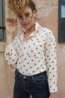 חולצה מכופתרת דוטי פודרה