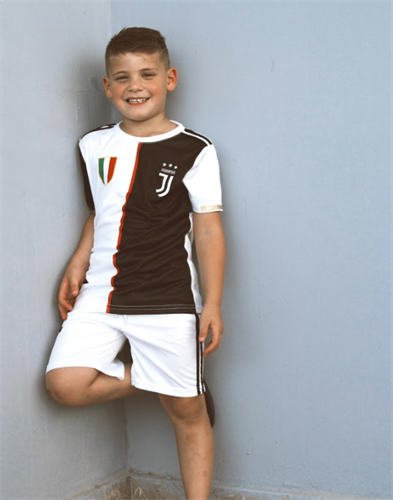 חליפת כדורגל בנים