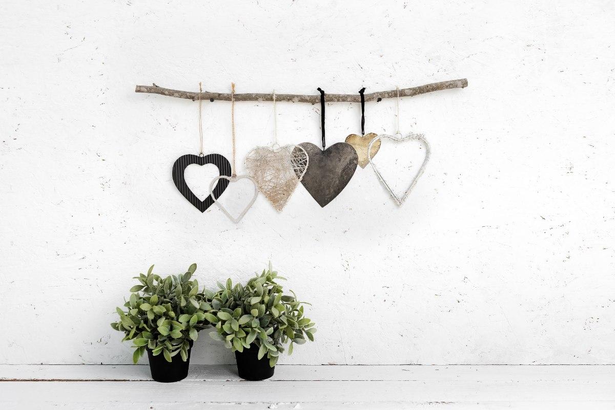 ענף של 6 לבבות