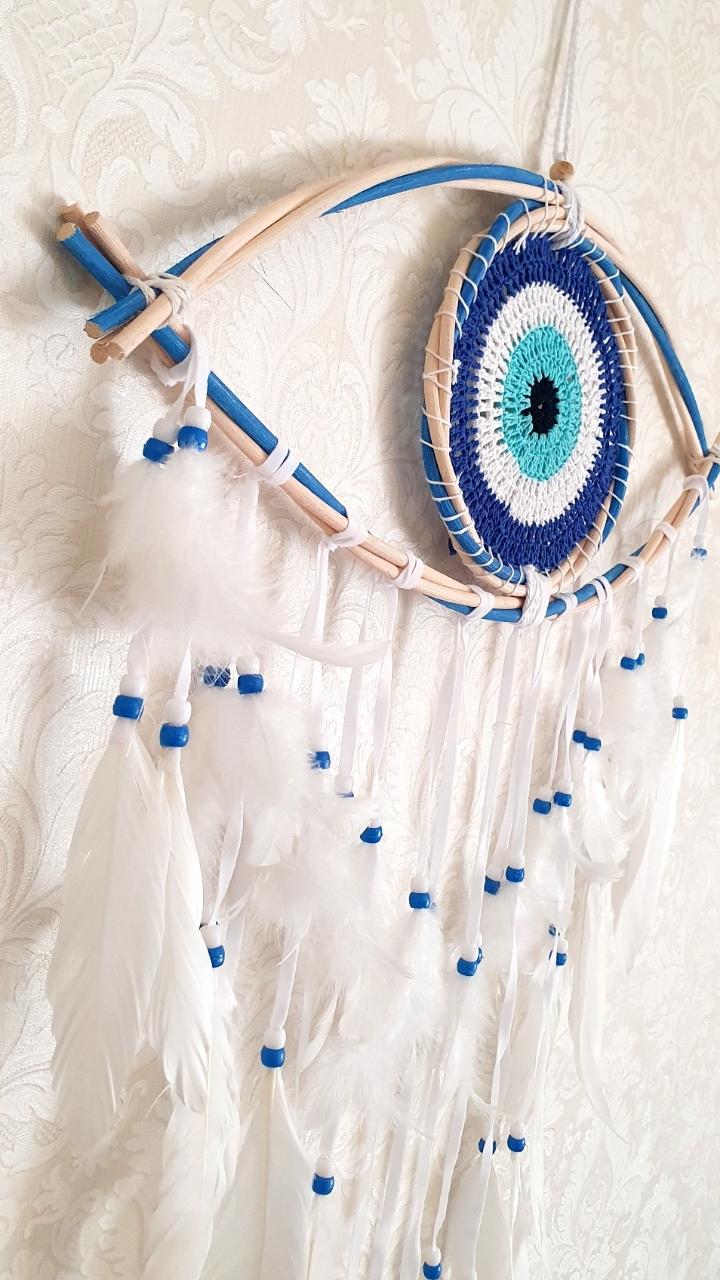 מובייל עץ כחול עין