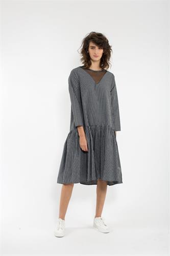 שמלת מיה חורף שחור-לבן