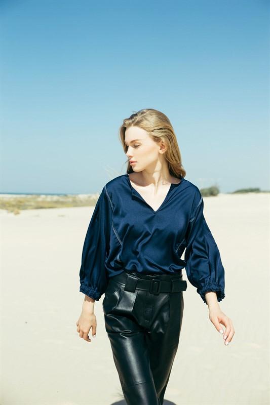 חולצת אריאנה כחול