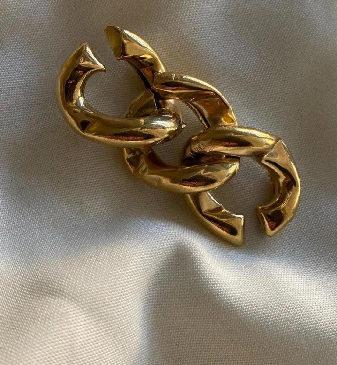 עגילי חוליה א-סימטרים זהב