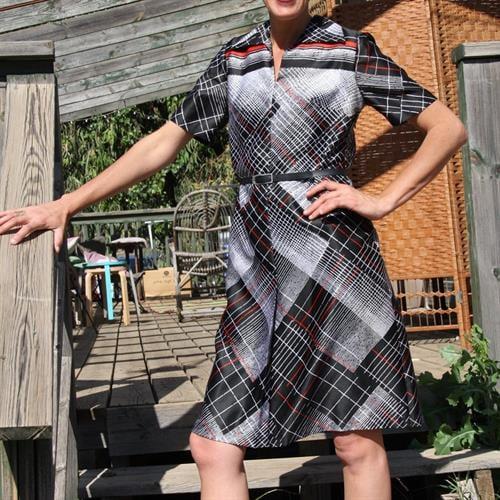 שמלת מזכירה מהסבנטיז מידה M