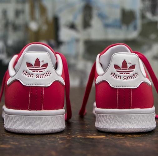נעלי נשים אשישס סטן סמית צבע אדום דגם BB5154