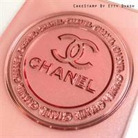 Chanel inspired round frame