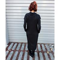 שמלת מאונטן שחורה שרוול ארוך