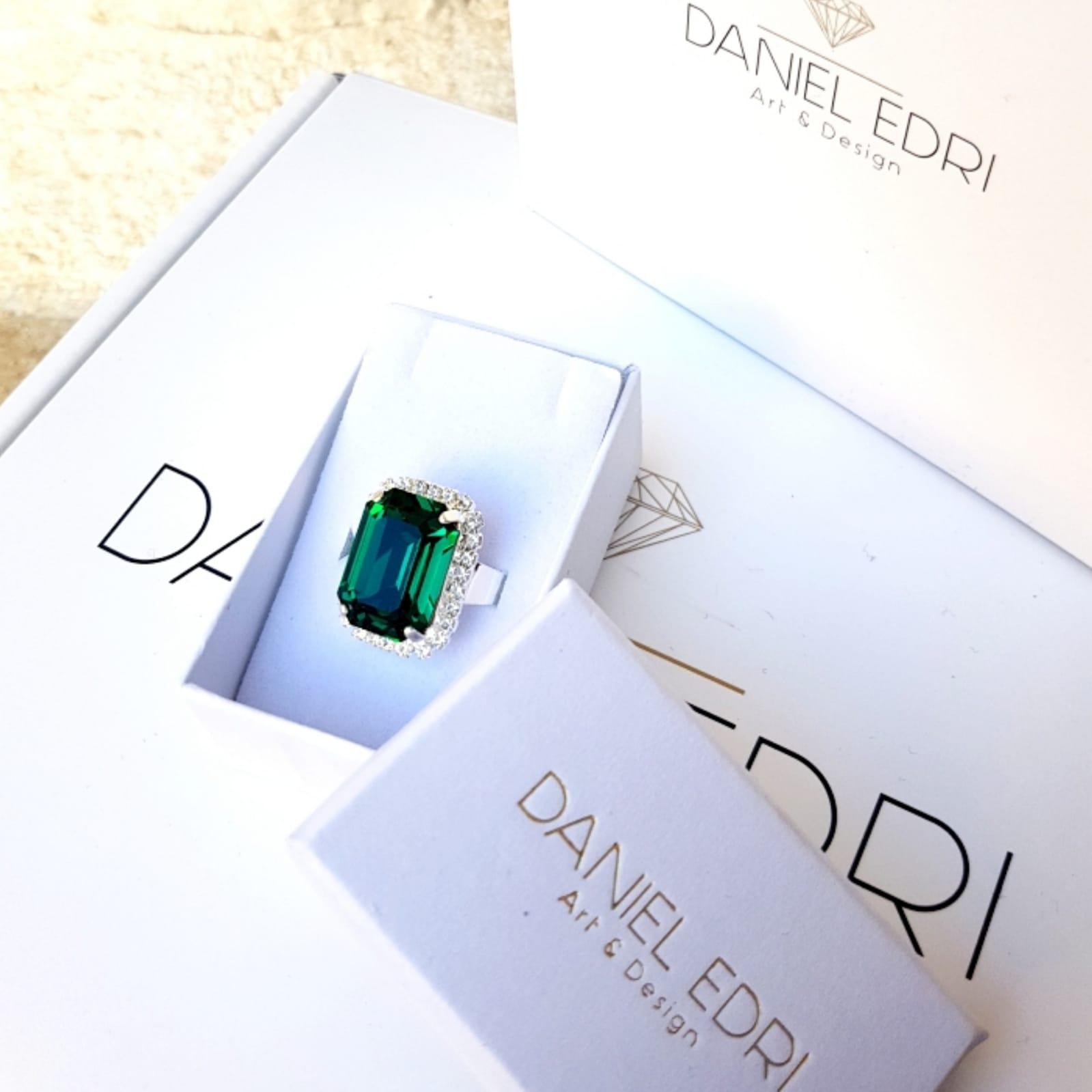 טבעת קריסטל -ירוק