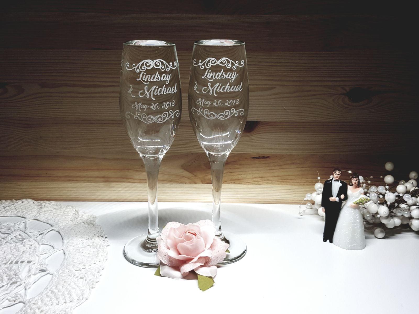 הזוג המלכותי והשמפניה שלהם