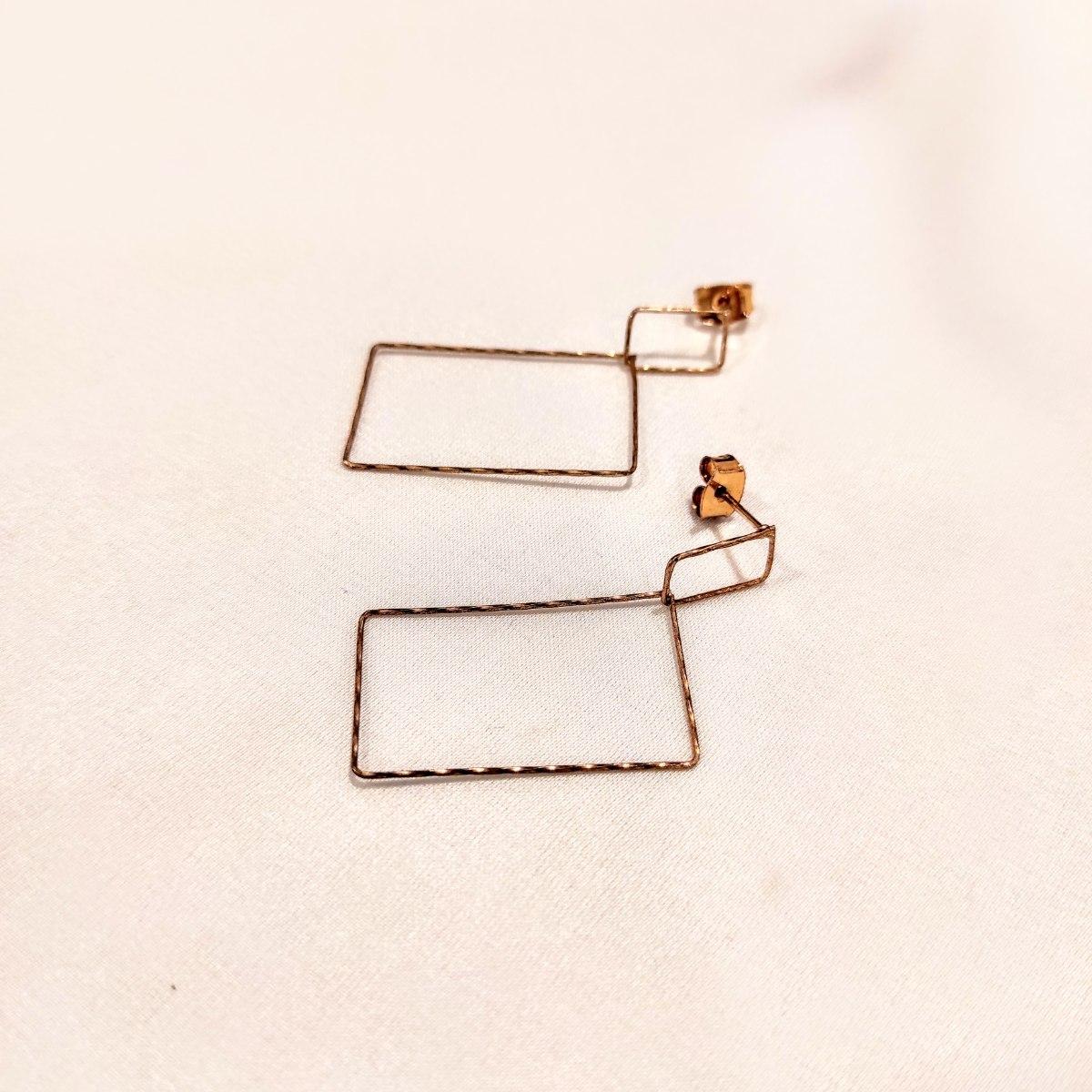 עגילי מרובעים - זהב