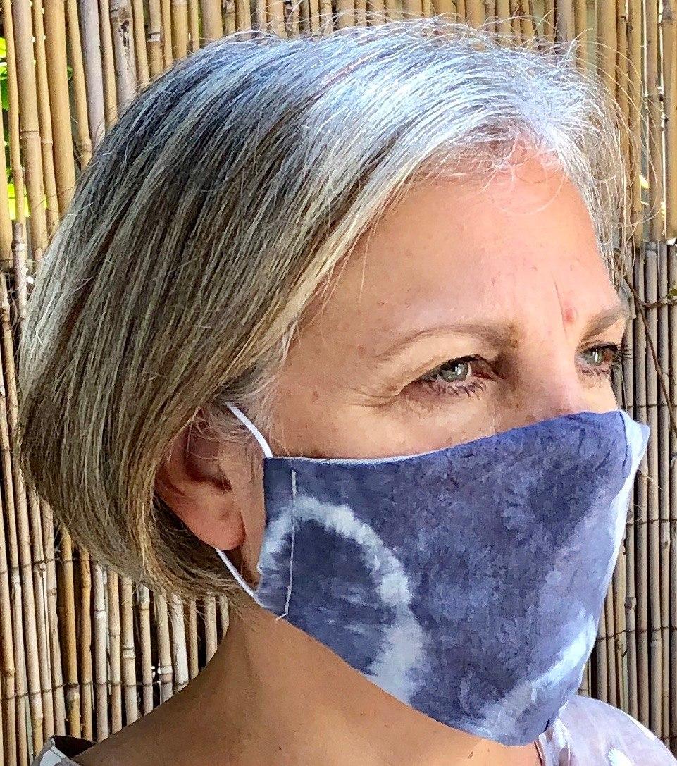 מסכה מבד בצבע כחול טיידיי לגבר או אשה