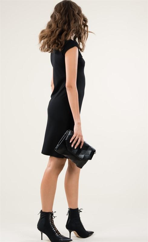 שמלת אריסטו