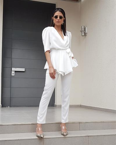 חליפת לואיסה מעטפת - לבנה