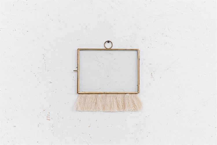 מסגרת ברזל זהב מלבנית עם פרנזים (טבעת)