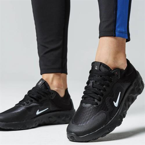 נעלי נשים נייק Renew Lucent צבע שחור/שחור דגם BQ4152 001