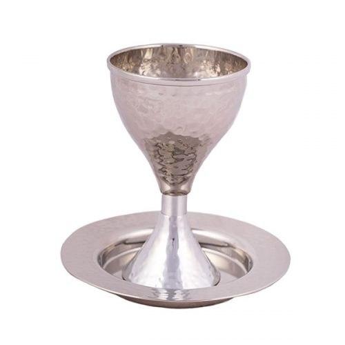גביע קידוש - עבודת פטיש - מט