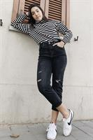 ג'ינס קרטר קרעים שחור ישר