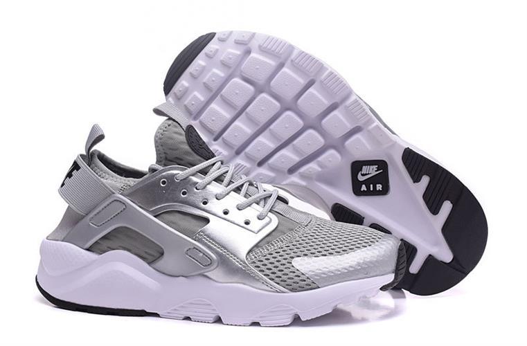 נעלי ספורט Nike Air Huarache מידות 40-45