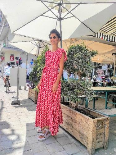 שמלת אנני -אדום פרינט