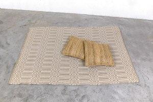 שטיח כותנה מעויינים גדול - טבעי ואבן