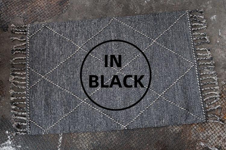 שטיח ארוג עם סיומת צמות - שחור