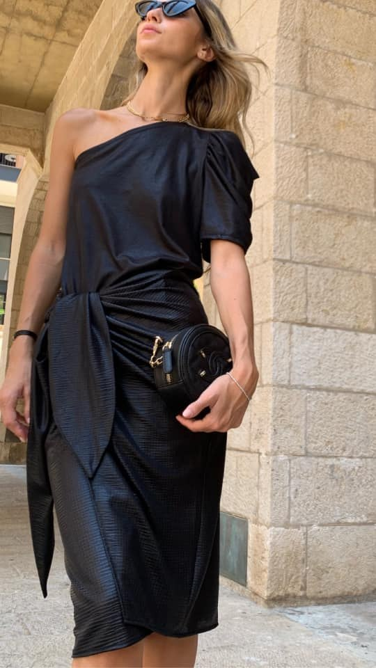 חצאית מעטפת גלוסי