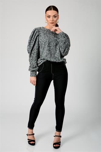 חולצת סריג נטלי שחור/לבן