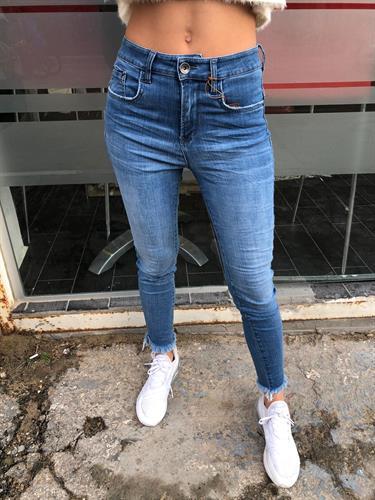 ג'ינס MONIC GATO