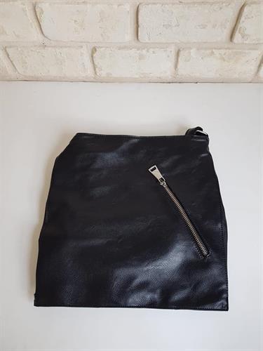 תיק צד שחור גילי