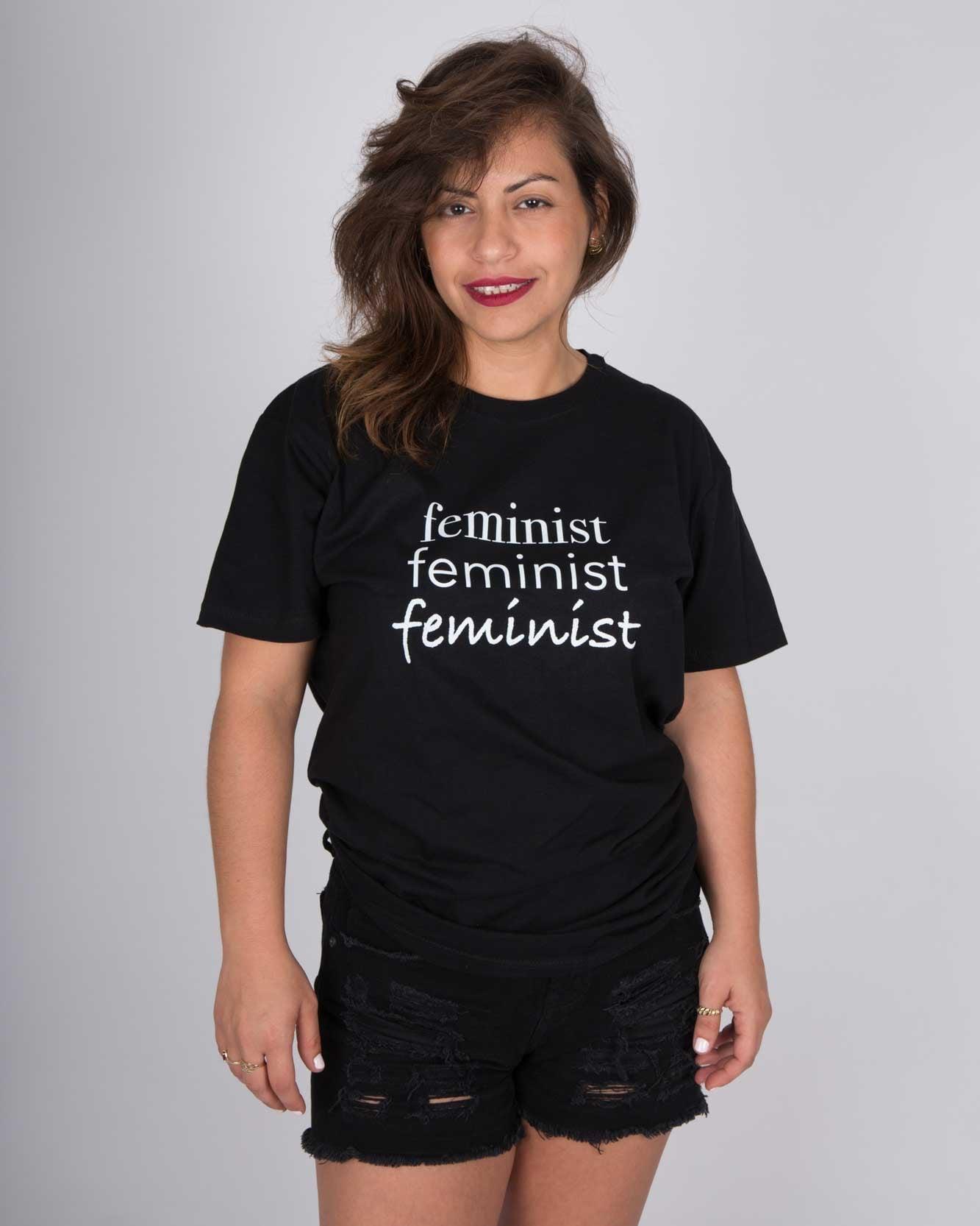 חולצת טי שירט יוניסקס  Feminist