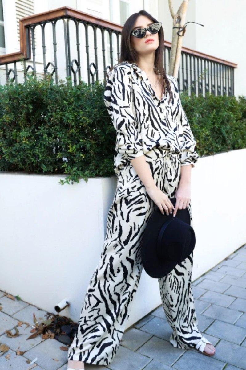חליפת סופיה שחור לבן