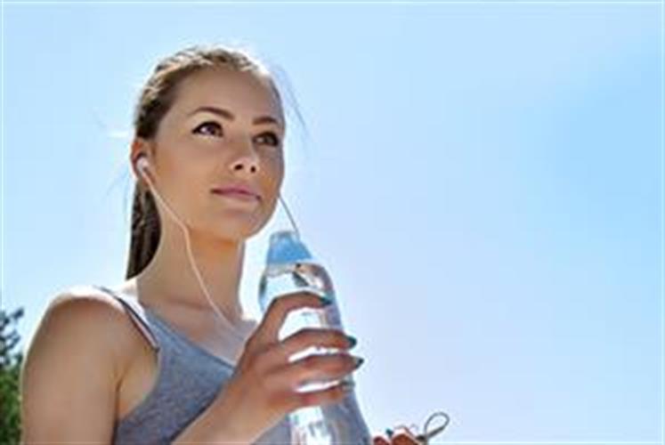 בקבוק שתייה DAFI לספורט וטיולים עם פילטר לסינון מים
