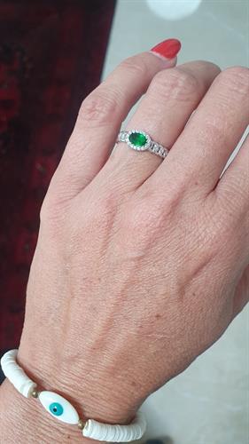 טבעת חוליות אבן ירוקה