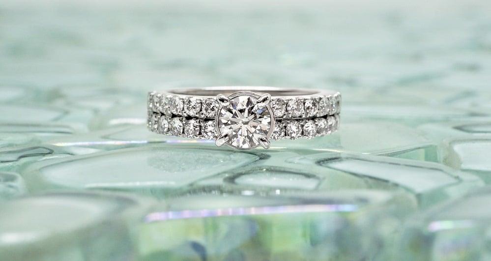 טבעת יהלומים בזהב 18 קראט